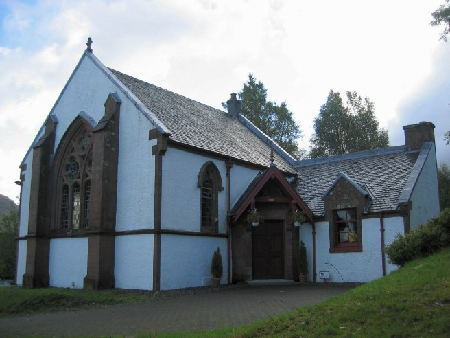 Crianlarich_church
