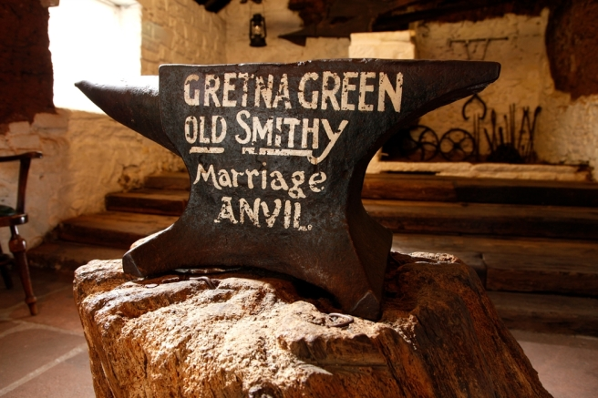 gretna-marriage-anvil_79887450