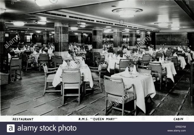 rms-queen-mary-england-showing-the-restaurant-1930s-ER5DYM