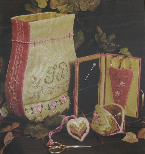 Victorian purse embroidery by Victoria Sampler